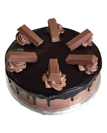 Kit kat Cakes - Online Cake Delivery in Lahore