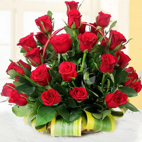 Love Treat - Send Mother's Day Flower to Lahore