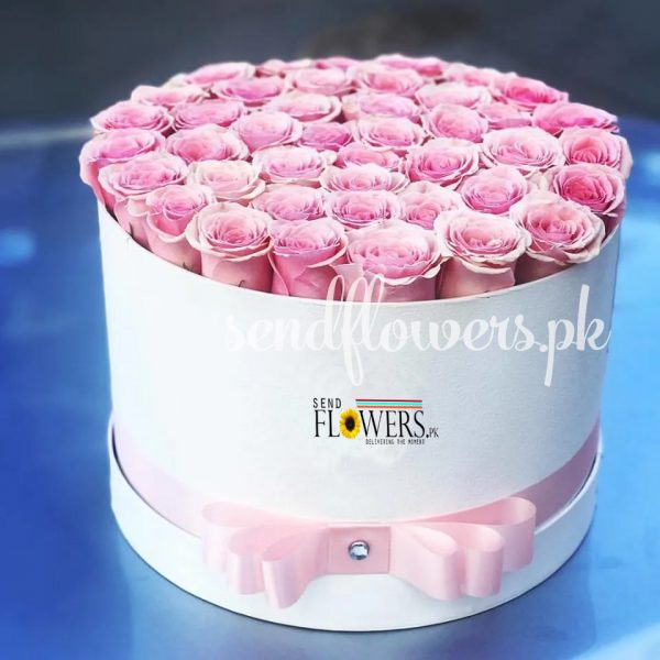 Pink Rose Round Box - gift box delivery in Islamabad