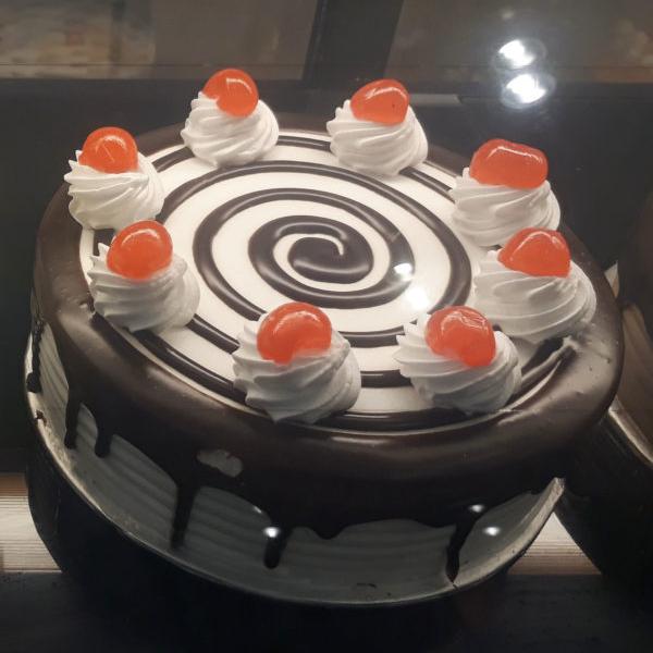Black Forest Cake 2LBS - SendFlowers.pk