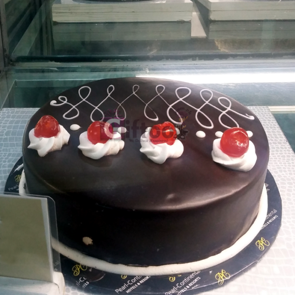 Chocolate Premium Cake 2LBS - SendFlowers.pk