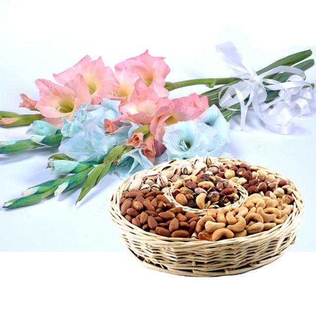 Bouquet With Dry Fruit Basket - SendFlowers.PK