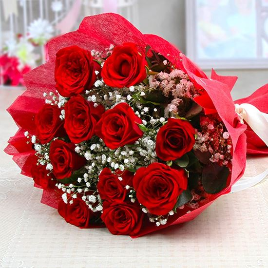 Sweet Roses Bouquet - SendFlowers.PK
