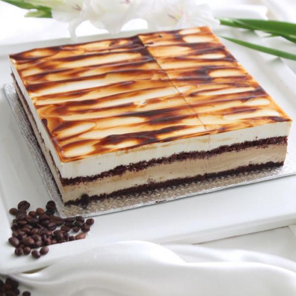 Cappuccino Toffee Cake 2LBS - SendFlowers.pk