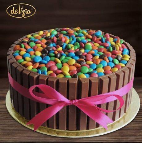 Special MM Cake 3LBS - SendFlowers.pk