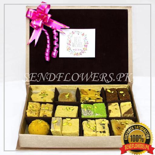 Golden Sweetness Box - SendFlowers.pk