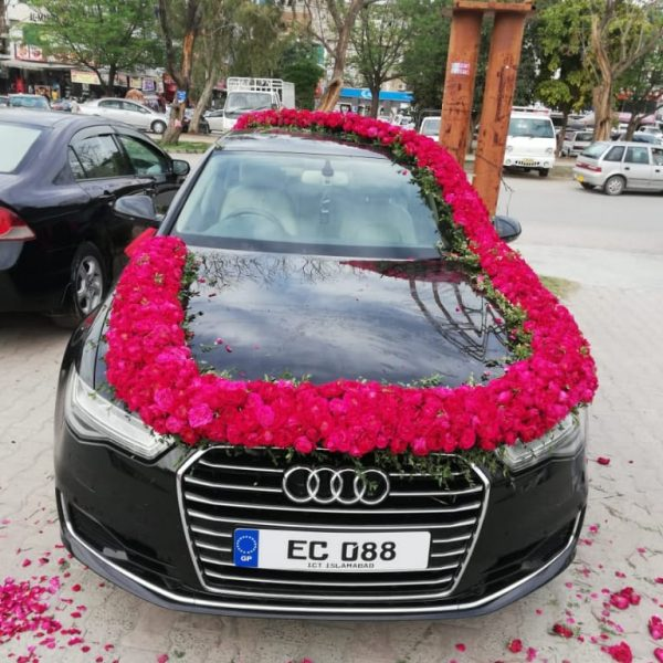Audi Car Decoration - SendFlowers.pk