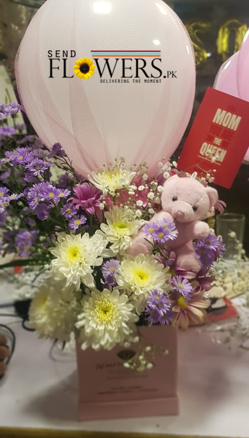 online mother's day best flowers delivery Lahore