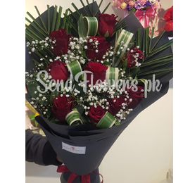 Valentine's Day Special Roses delivery in Pakistan
