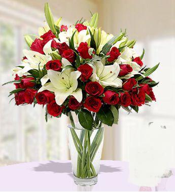 Order Flowers Online - SendFlowers.pk