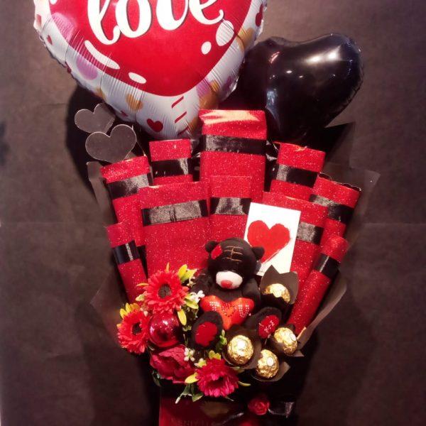 Send Chocolates in Pakistan - SendFlowers.pk