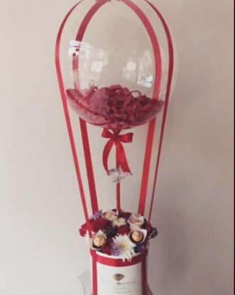 flowers with balloon box delivery in Islamabad, Lahore Pakistan