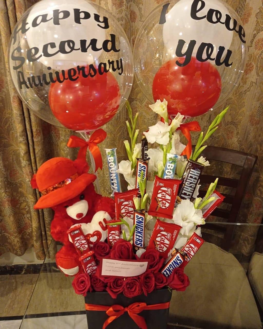 Send Anniversary Gift - SendFlowers.pk