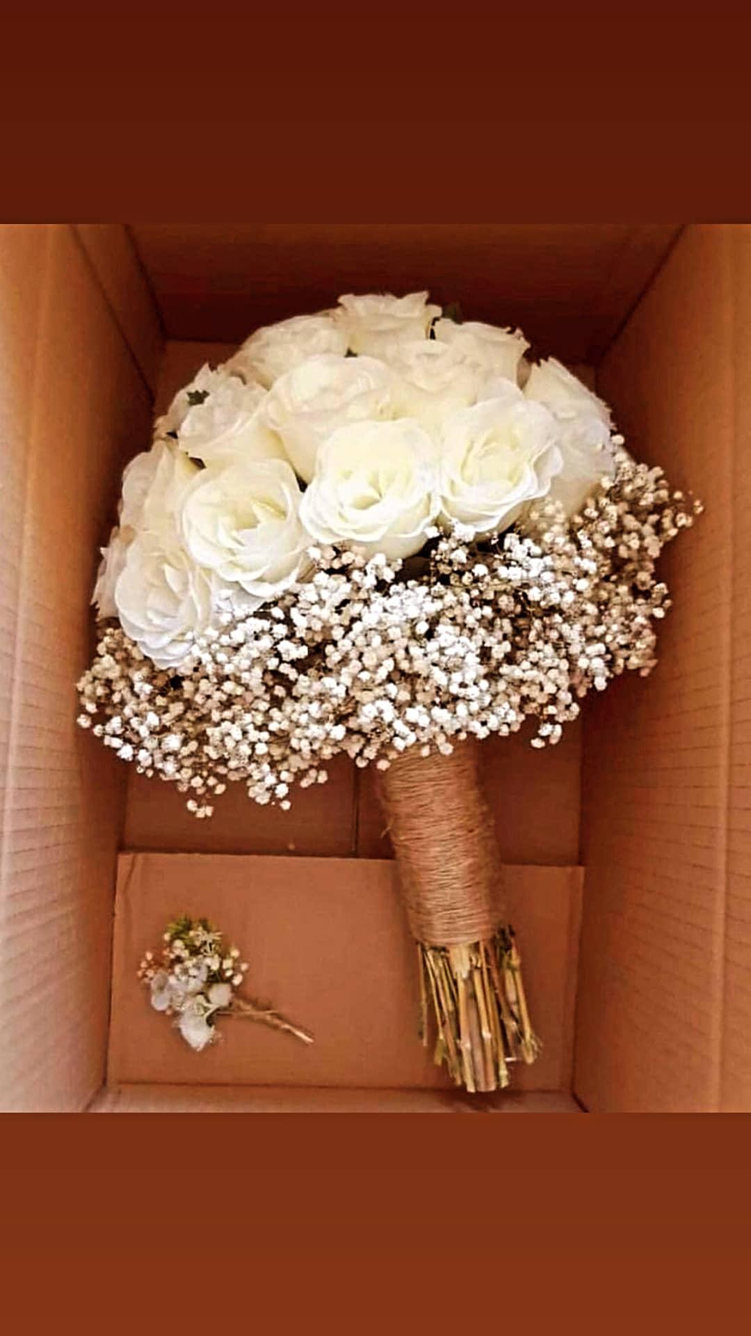 best bridal bouquet delivery lahore - SendFlowers.pk